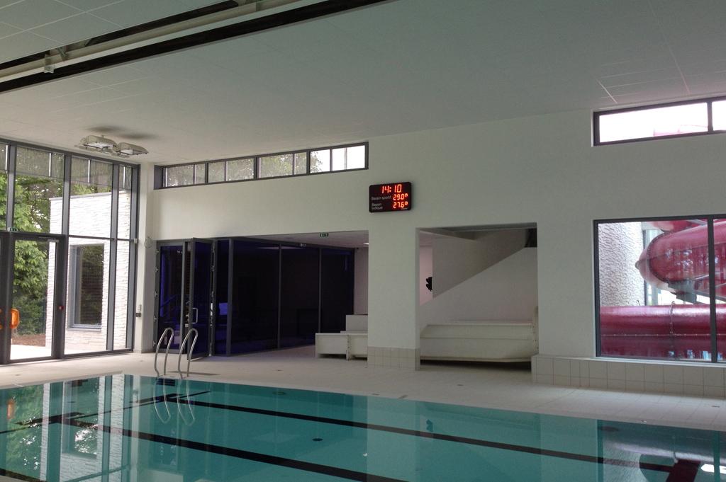 wasserball sportanzeigetafel faouet schwimmbad 1
