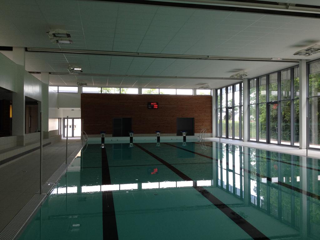 wasserball sportanzeigetafel faouet schwimmbad 3