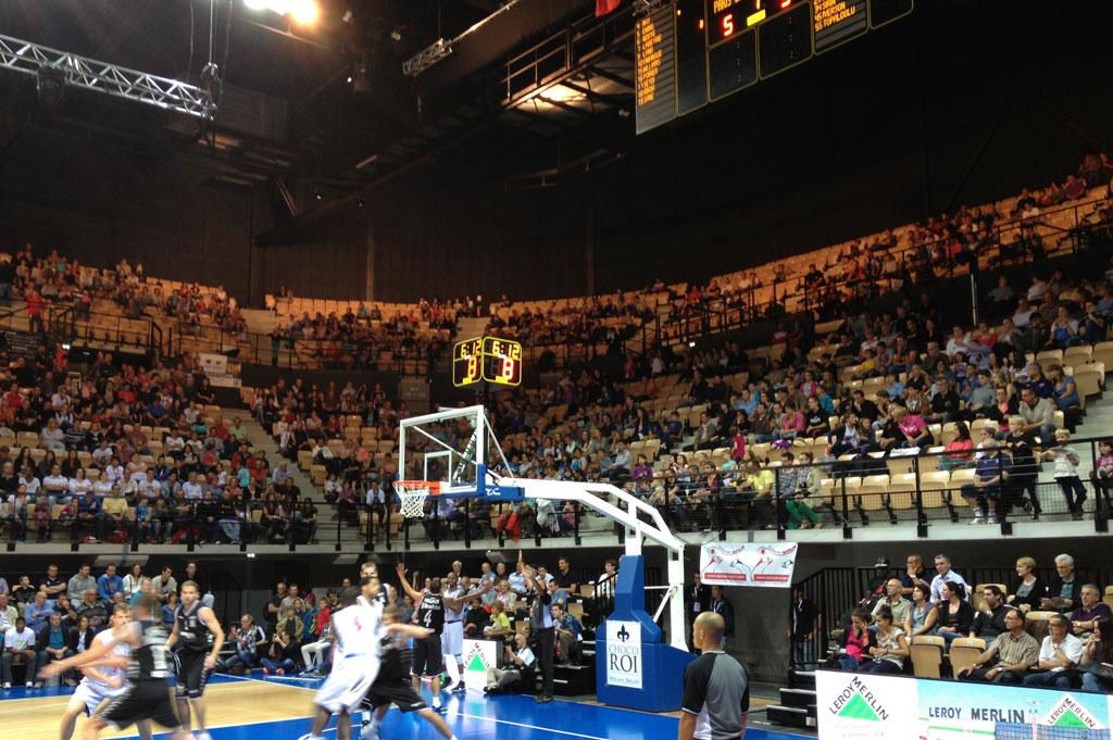 basketball-scoreboards-arena-loire-trelaze-3