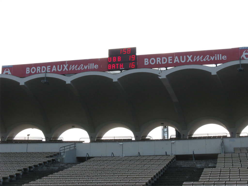 football-scoreboards-bordeaux-stadium-chaban-delmas-bt2045-alpha-2