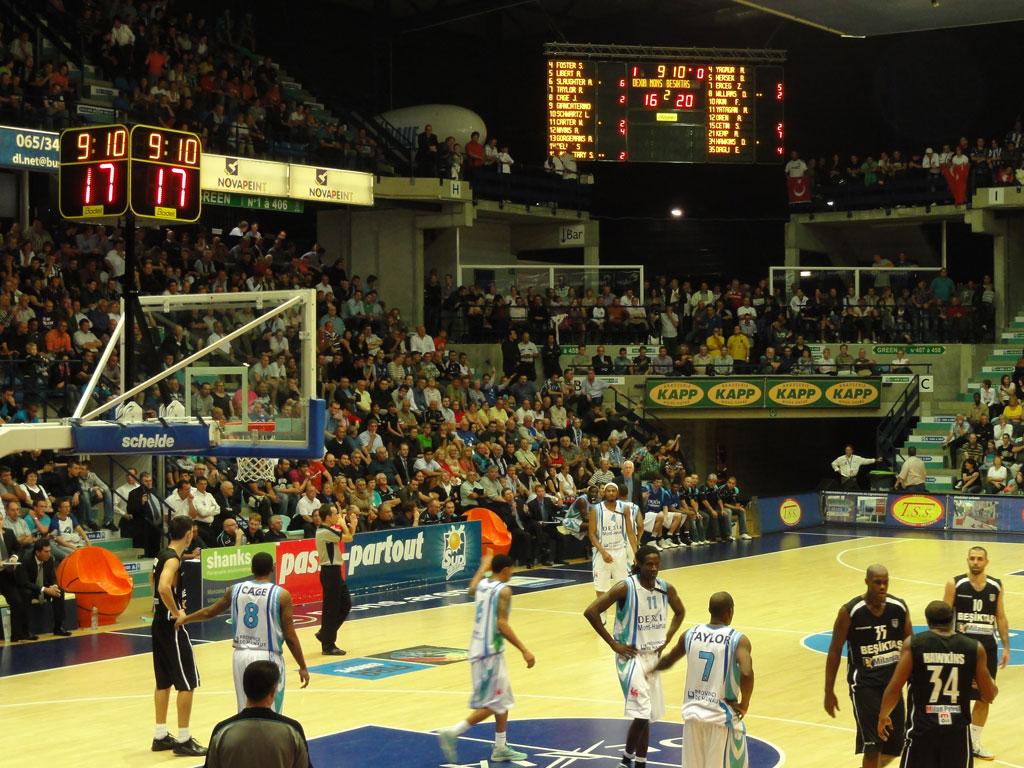 Marcadores Mons Arena de Hainaut