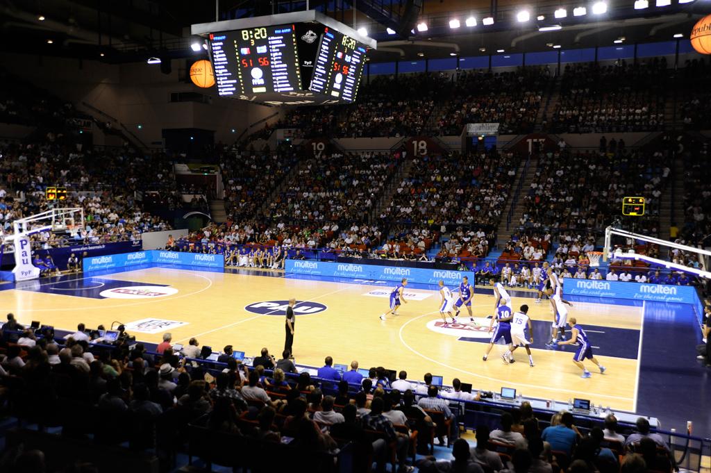 Bodet – Pantallas de vídeo y marcadores del baloncesto del Palacio de Deportes de Pau-1