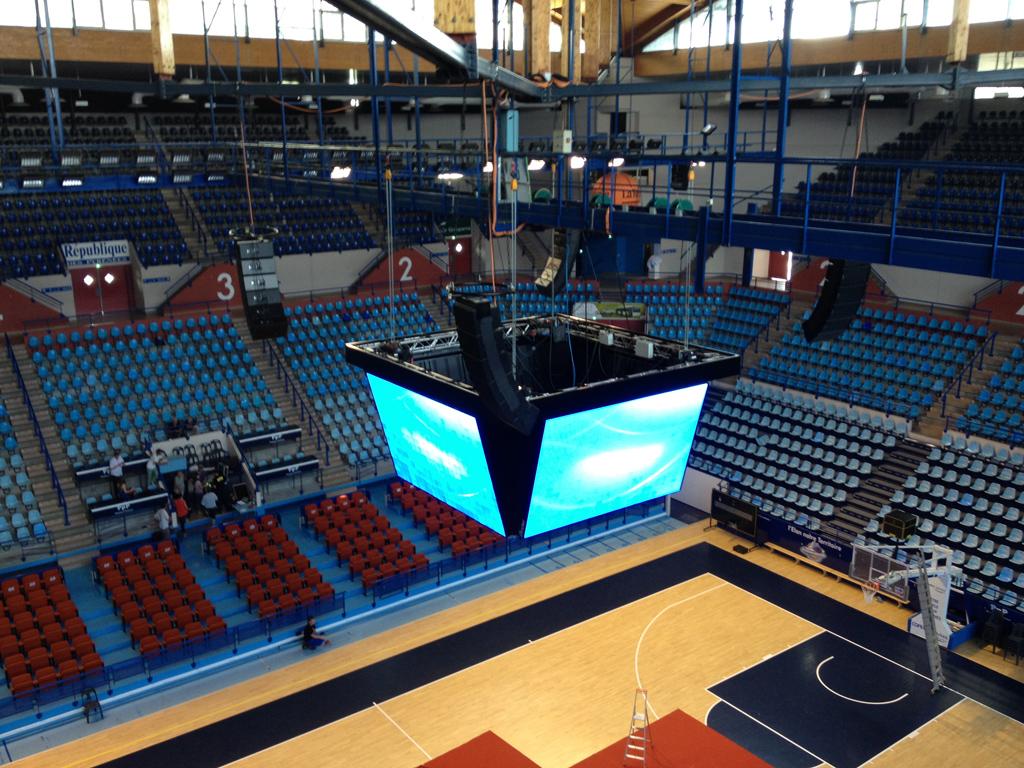 Bodet – Pantallas de vídeo y marcadores del baloncesto del Palacio de Deportes de Pau-2