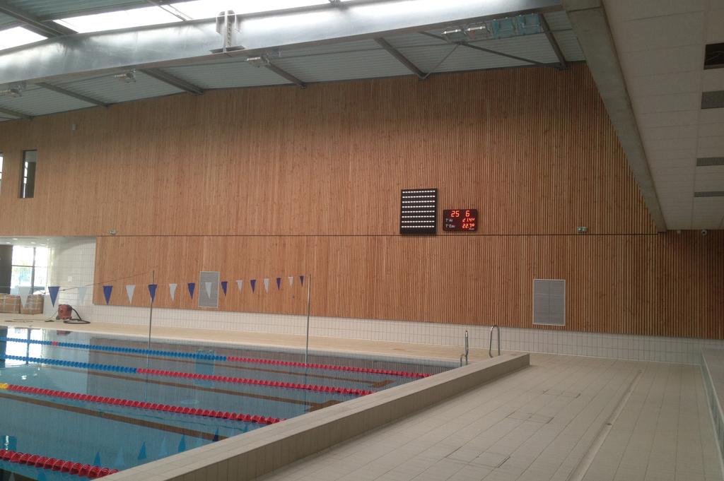 Bodet - Marcadores de waterpolo de la piscina Aquanatation, Montauban-2