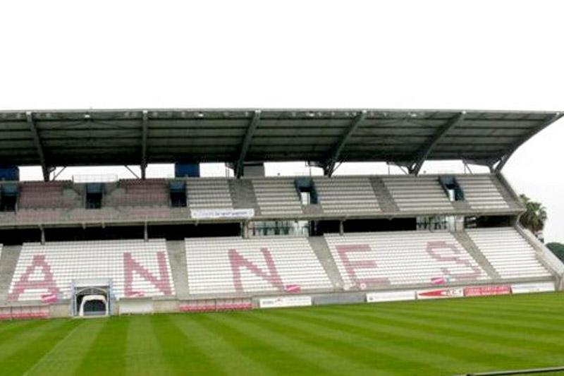 Cannes stade pierre de coubertin