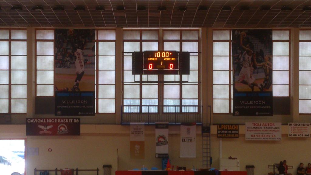 tableau-affichage-sportif-multisport-serge-leyrit-gymnase-nice-1