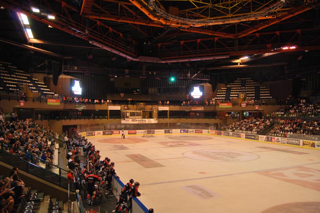 tableau-affichage-sportif-hockey-glace-patinoire-meriadeck-bordeaux-2