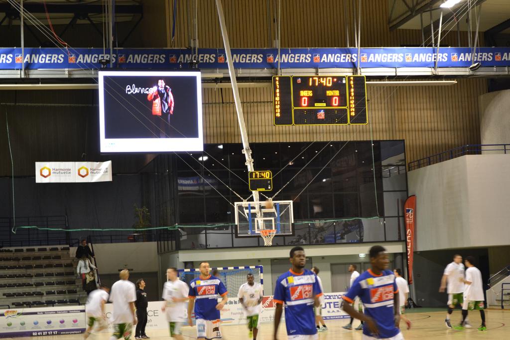 tableau-affichage-sportif-basketball-salle-jean-bouin-angers-gymnase-1