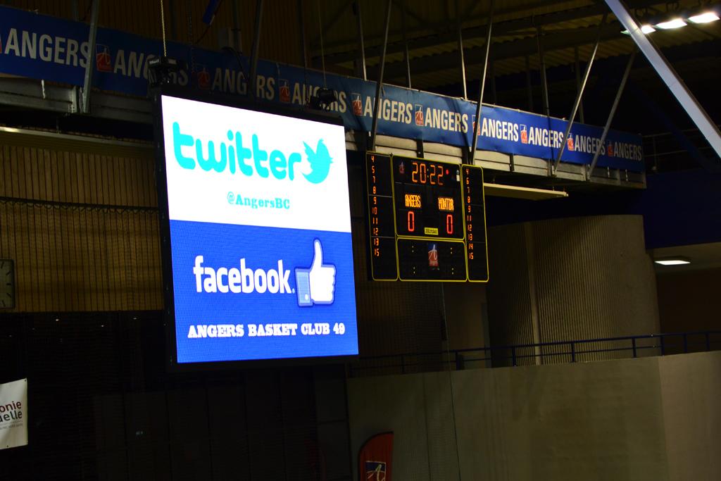 tableau-affichage-sportif-basketball-salle-jean-bouin-angers-gymnase-3