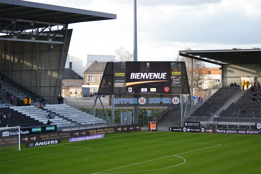 solution-affichage-video-stade-raymon-kapo-sco-angers-1
