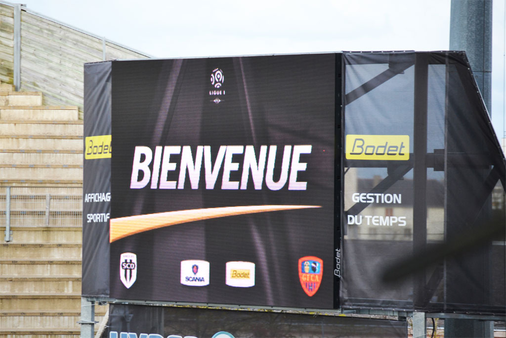 solution-affichage-video-stade-raymon-kapo-sco-angers-3