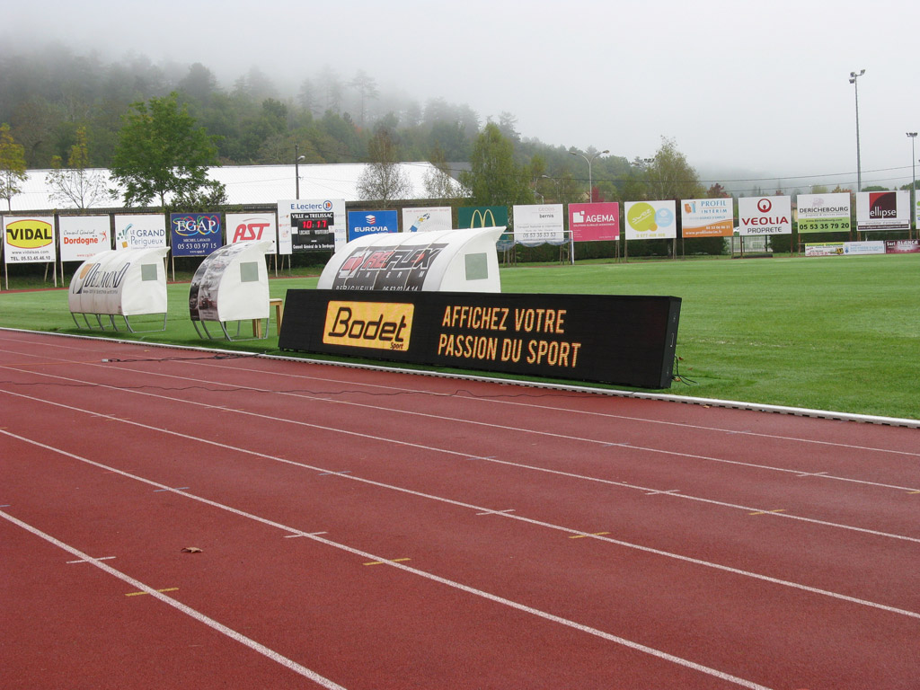 solution-affichage-video-stade-firmin-daudou-trelissac-1