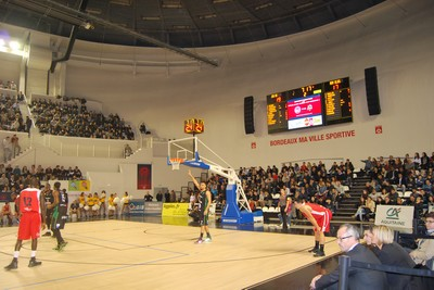 tableau-affichage-sportif-basketball-palais-sports-bordeaux-arena-3