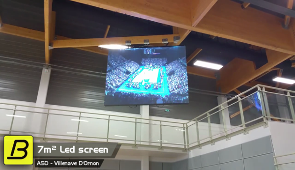 video large indoor video screen